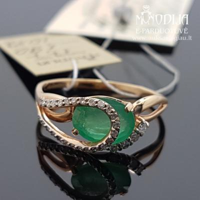 Raudono aukso žiedas su deimantais ir smaragdais