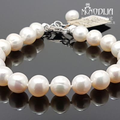 Sidabrinė apyrankė su perlais